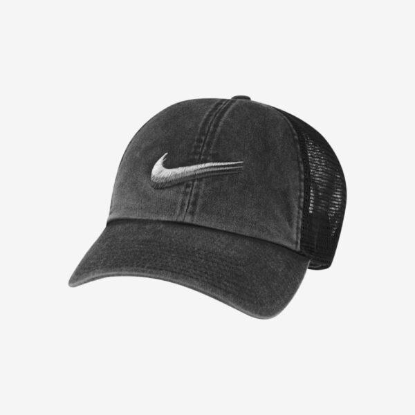 Nike Sportswear Swoosh Cap - Black image 1 | DC4022-010 | Global Soccerstore